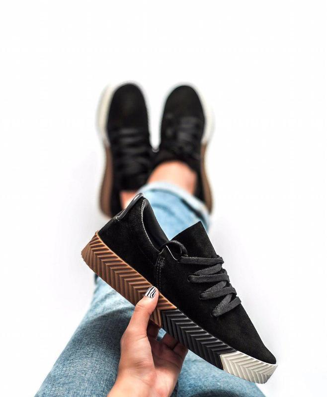 Замшевые кроссовки adidas в черном цвете (весна-лето-осень)😍