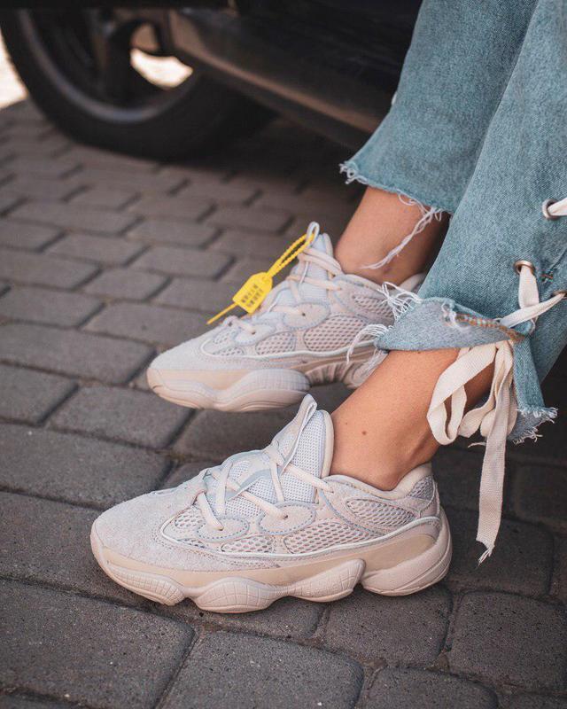 Шикарные замшевые кроссовки adidas yeezy 500 (весна-лето-осень)😍