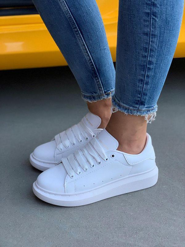 Шикарные белоснежные кроссовки alexander mcqueen (весна-лето-о...