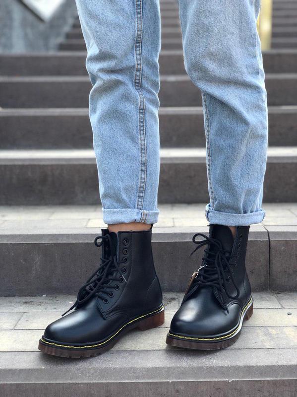 Демисезонные ботинки dr.martens в черном цвете (осень-зима-вес...