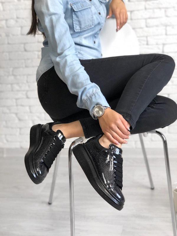 Шикарные кожаные лакированные кроссовки mcqueen (весна-лето-ос...