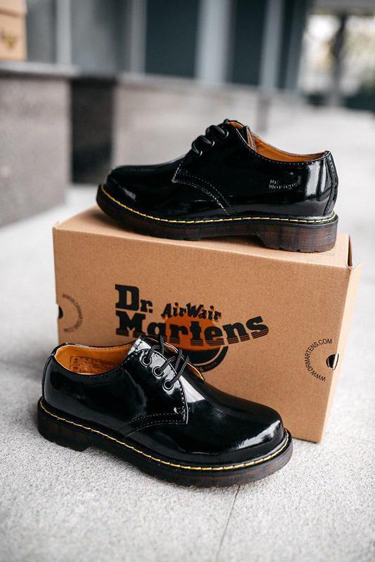 Лакированные туфли dr martens в черном цвете (весна-лето-осень)😍