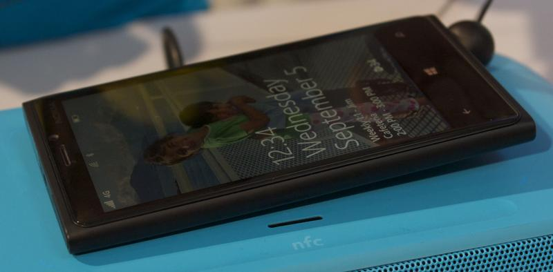 Nokia Lumia 920 Black - Фото 5