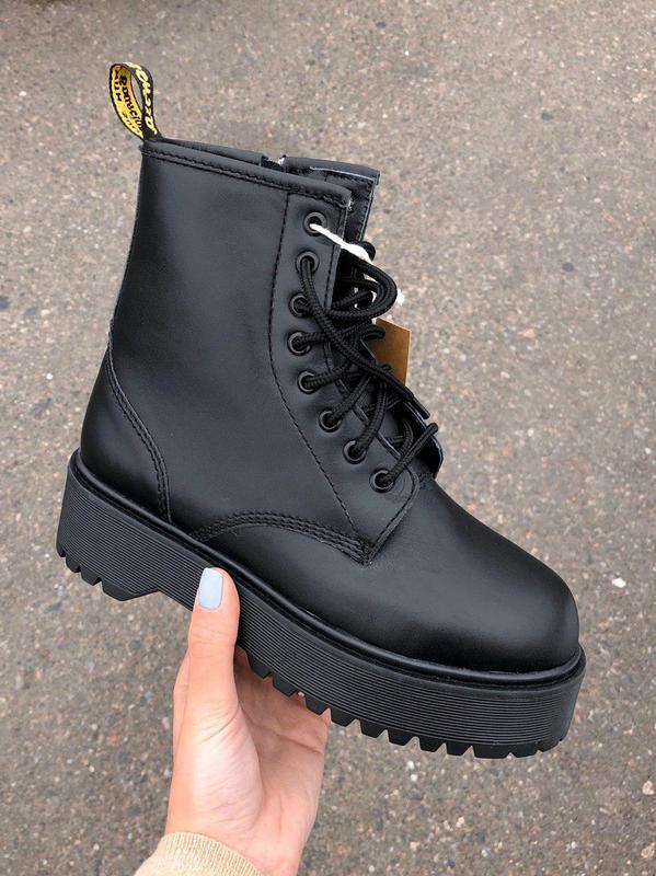 Зимние ботинки на платформе dr martens с мехом /осень/зима/весна😍