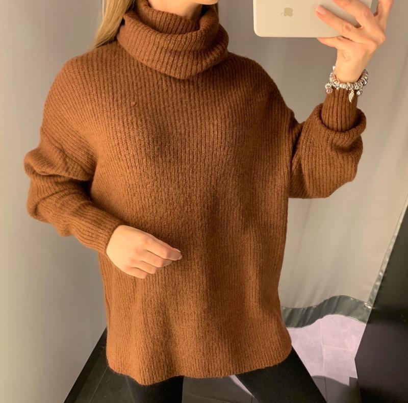 Тёплый коричневый свитер amisu есть размеры