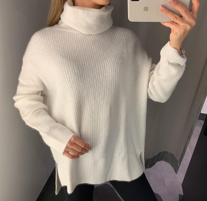 Тёплый белый свитер под горло amisu есть размеры