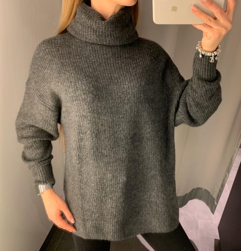 Графитовый свитер под горло свитерок amisu есть размеры