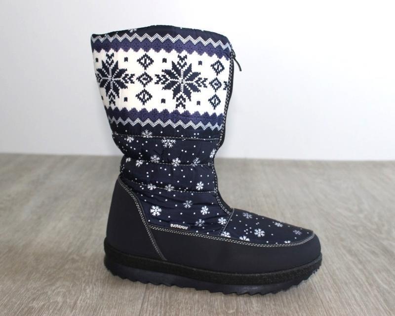 Женские зимние синие сапоги дутики с орнаментом со снежинками ...
