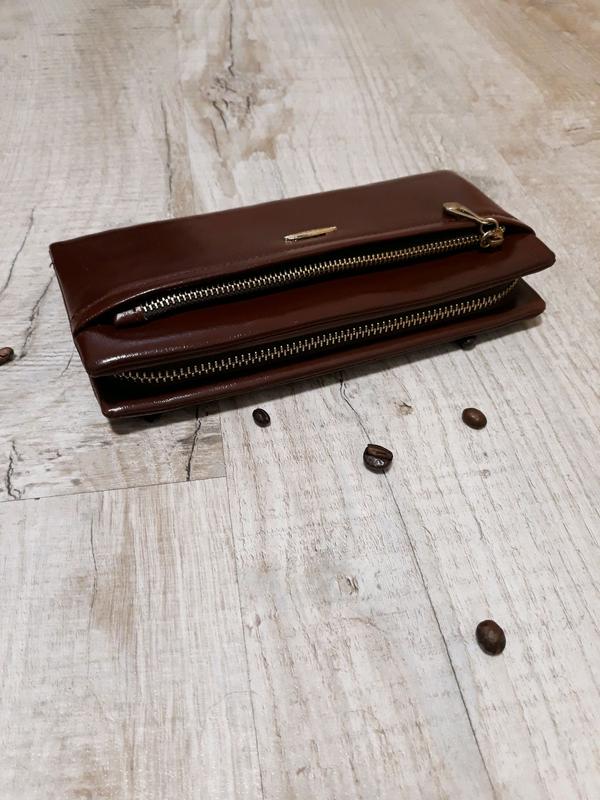 Женский кошелёк коричневый