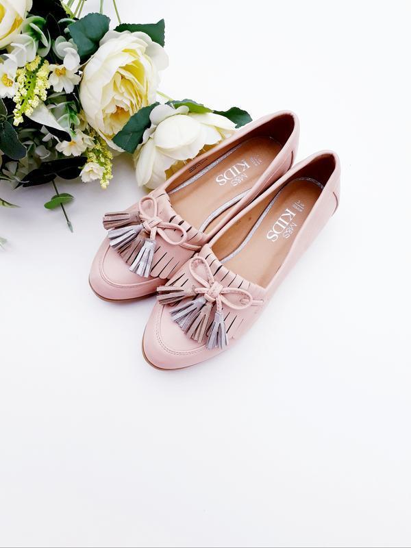Бежевые туфли красивые туфли в нежном цвете
