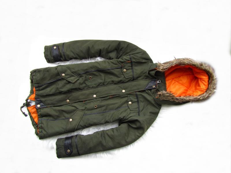 Стильная демисезонная куртка парка с капюшоном trinity kids
