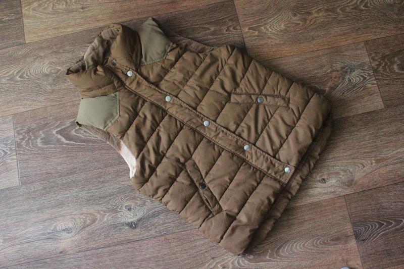 Теплый жилет жилетка от h&m