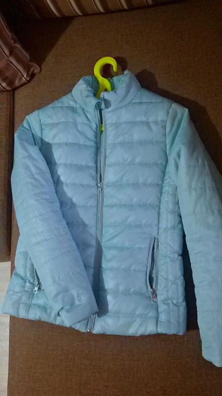 Бирюзовая куртка деми