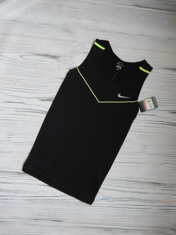 🌿классная,  спортивная еластичная футболка от nike оригинал.  ...
