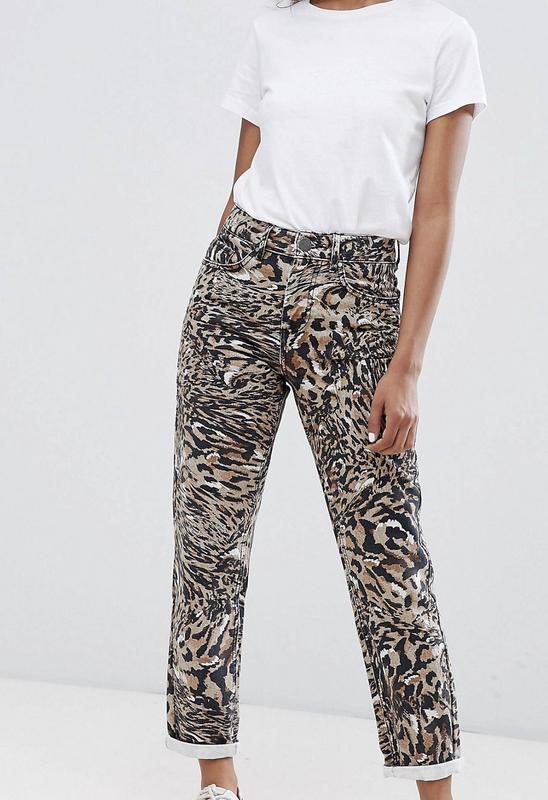 Mom джинсы от asos to fit waist новые