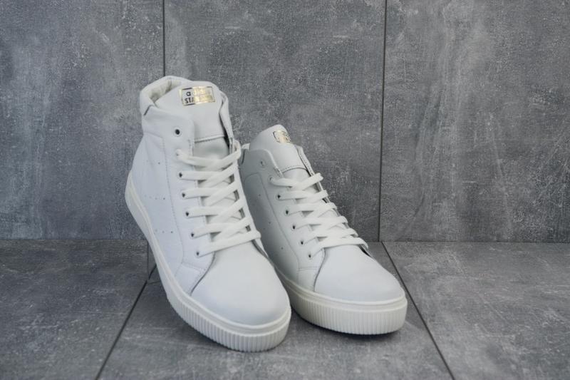 Крутые качественные женские зимние ботинки