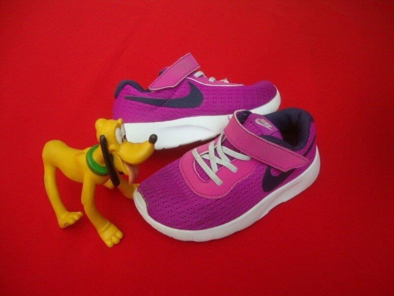 Кроссовки Nike Tanjun оригинал 26 размер