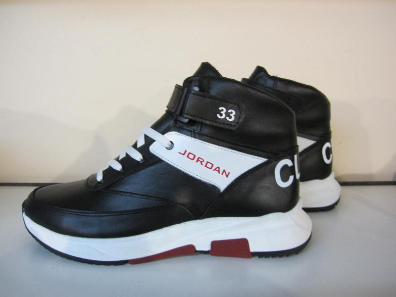 Мужские кожаные зимние ботинки/кроссовки в стиле jordan club33 - Фото 5