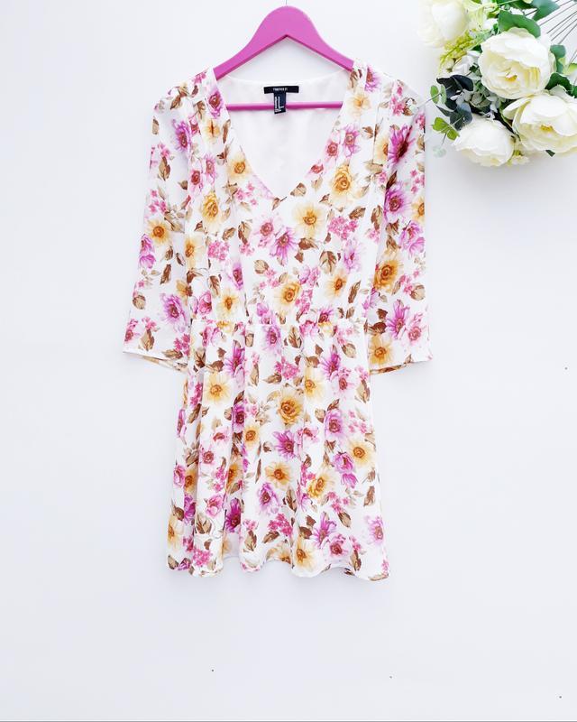 Цветочное платье очень красивое платье миди в цветочный принт