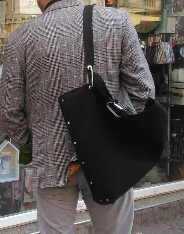 Оригинальная, большая и лёгкая сумка