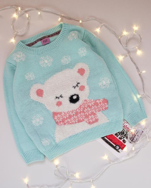 Новогодний свитер от f&f с медвежонком