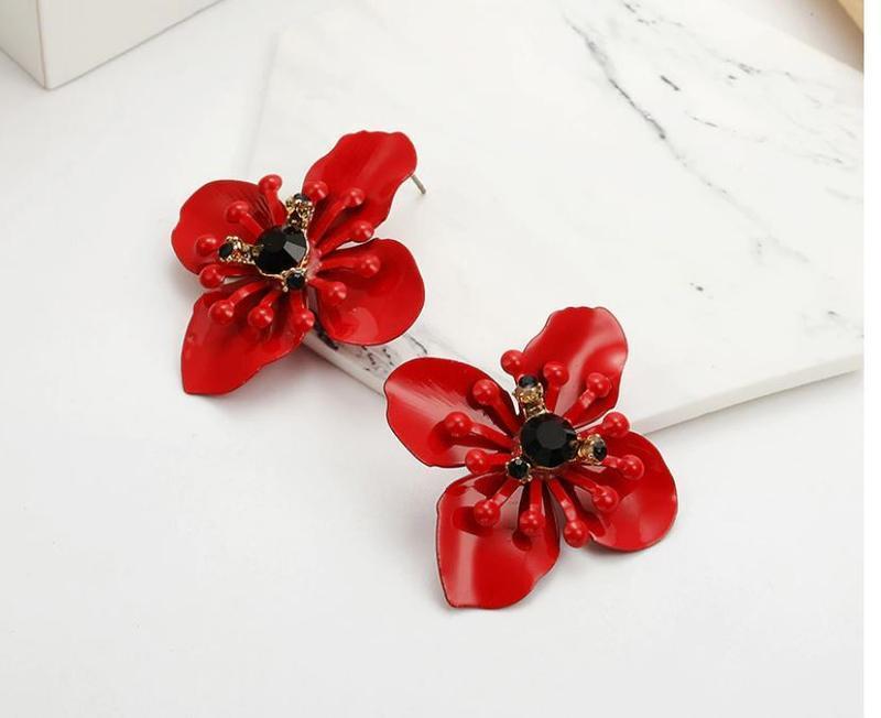 Серьги гвоздики крупный красный цветок