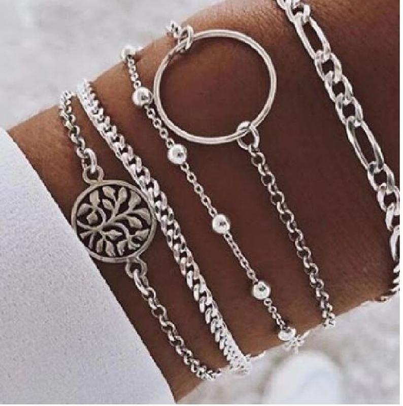 Набор браслетов серебристого цвета 5  штук