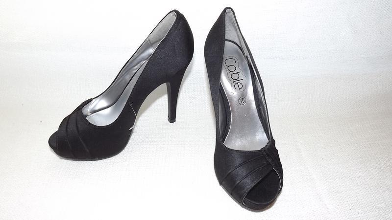 Босоножки туфли каблук cable 35 размер 22 стелька