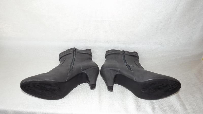 Ботинки, полусапоги женские серые на не большом каблуке 39 размер - Фото 5