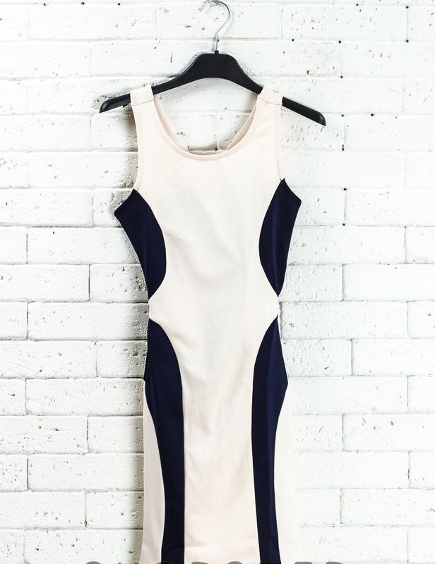 Платье кремовое club l размер xs