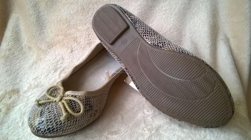 Туфли балетки германия внутри кожа  разные 38р.