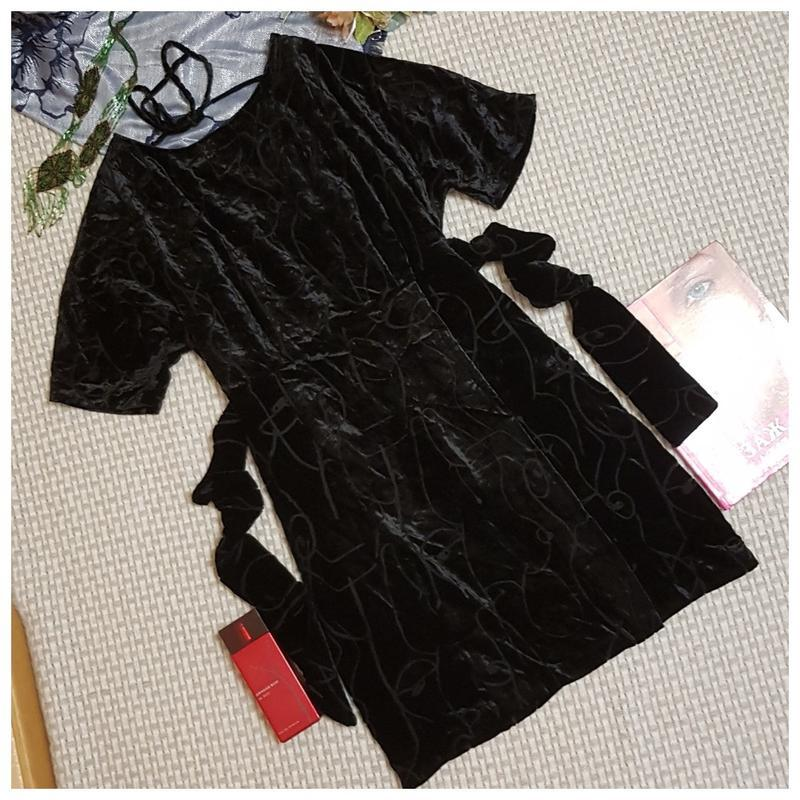Бархатное черное платье oliver bonas