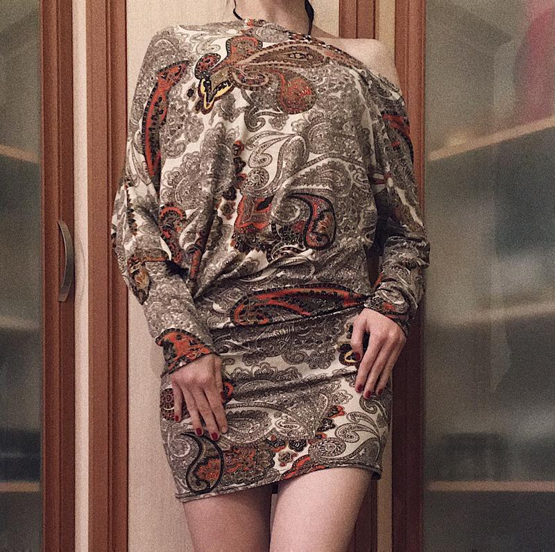 Платье, туника, на одно плече, платье пастельного цвета