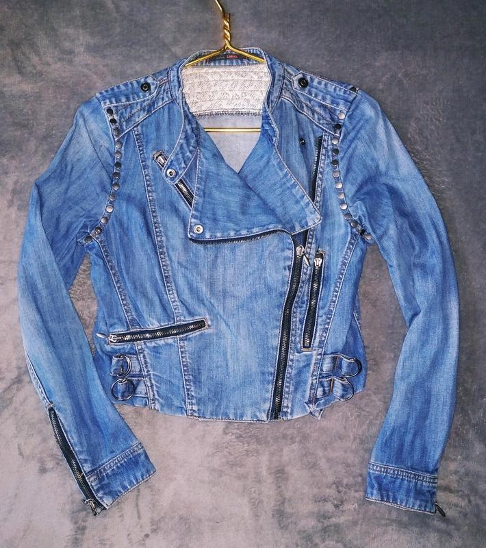 Джинсовый пиджак, косуха