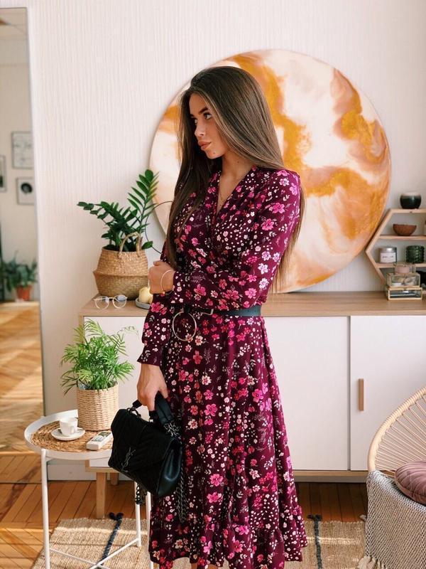 Шикарное платье длины миди в цветочный принт❤️ 2 цвета