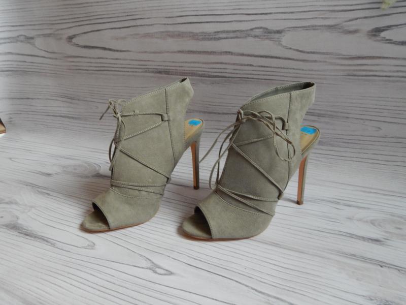 🌿сногшибательные ботильоны, босоножки со шнуровкой от new look...