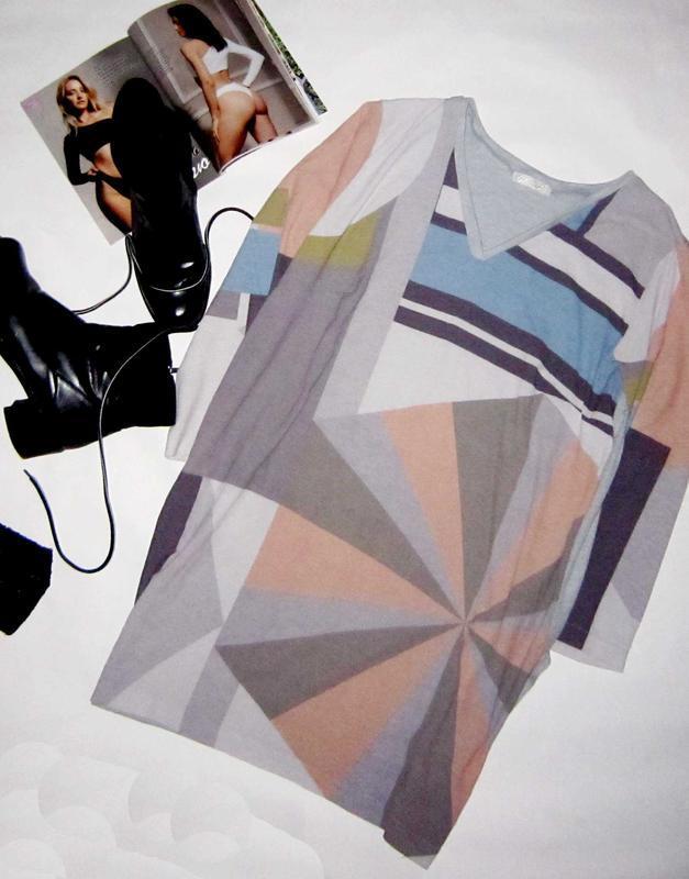 Новогодняя цена!стильное и нежое платье-туника , идеально на к...