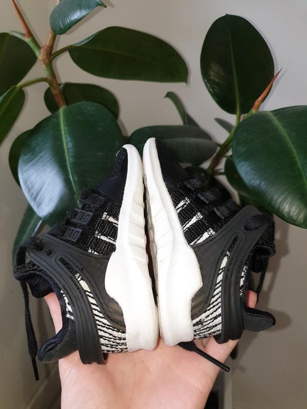 Малышарские кроссовки adidas 22p. - Фото 6