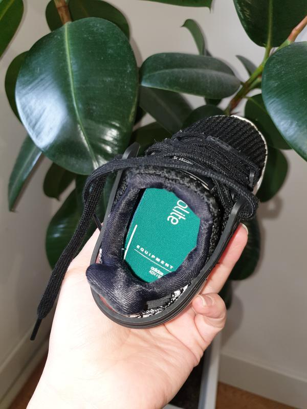 Малышарские кроссовки adidas 22p. - Фото 7