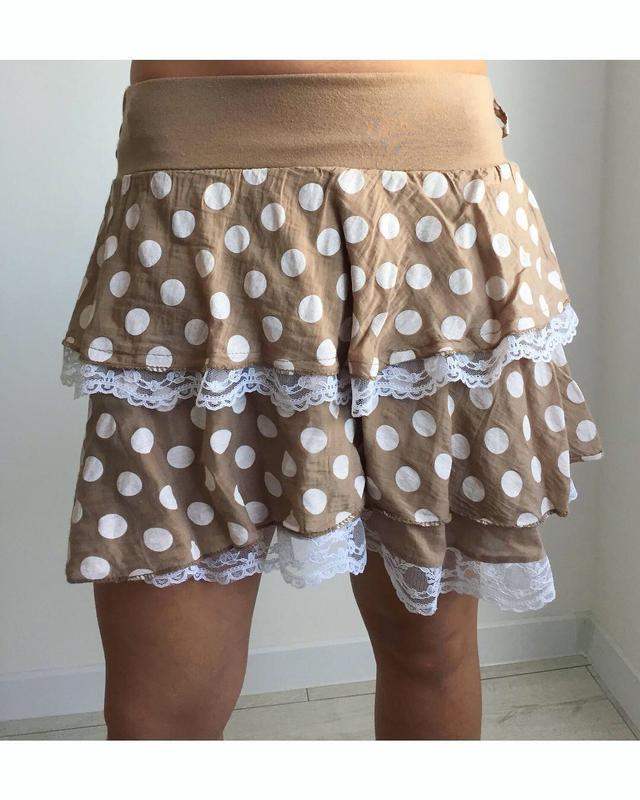 Юбка міні в горошок, мини юбка, бежевая мини юбка.