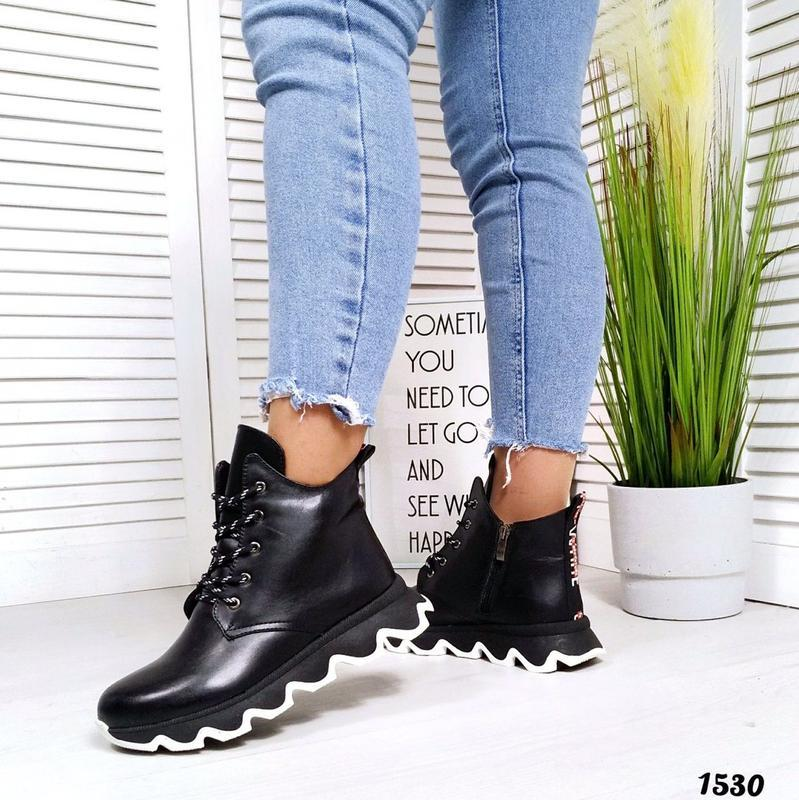 Топовые кожаные ботинки сапоги на меху женские