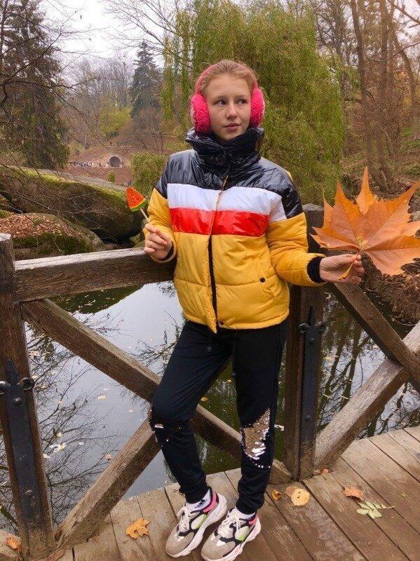 Куртка зефирка короткая с большим воротником