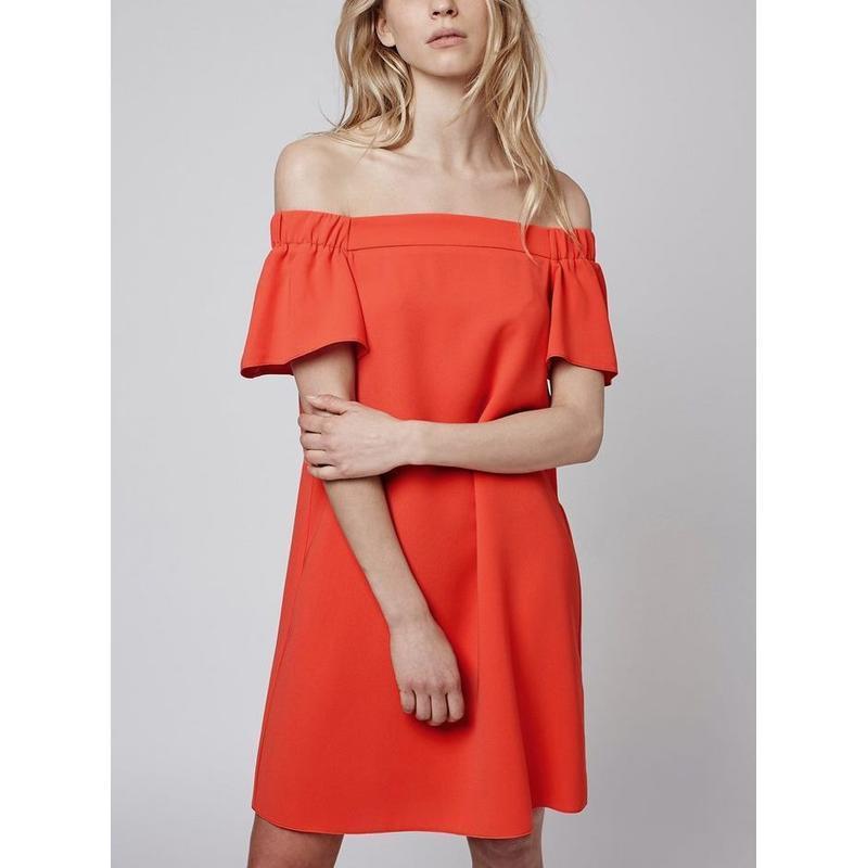 В наличии - платье с открытыми плечами *topshop* 10/38 р.