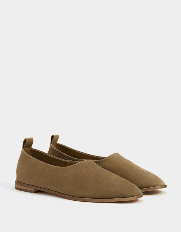 Кожаные туфли  bershka
