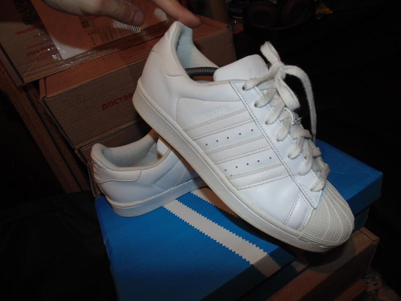 Кроссовки adidas superstar оригинал кожа в идеальном состоянии...
