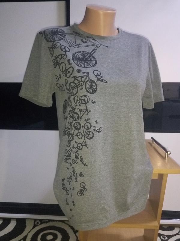 Серая футболка с принтом.унисекс.