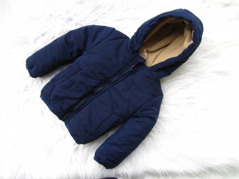 Стильная демисезонная куртка с капюшоном soobe
