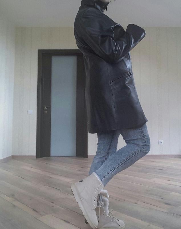 Кожаное пальто , куртка --утепленное!!