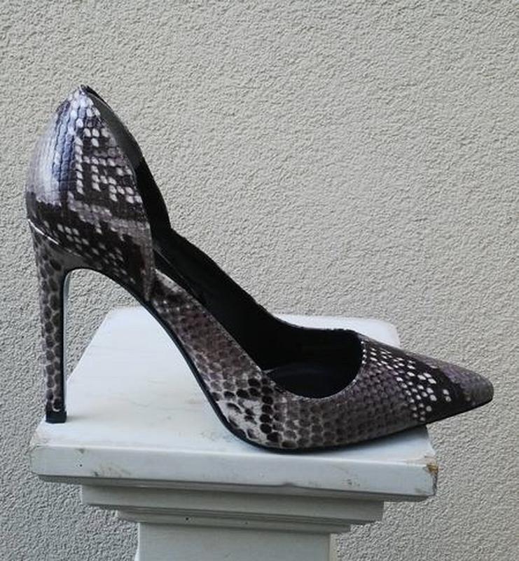 Кожанные туфли-лодочки под рептилтю,каблук,испания, zara, - Фото 6