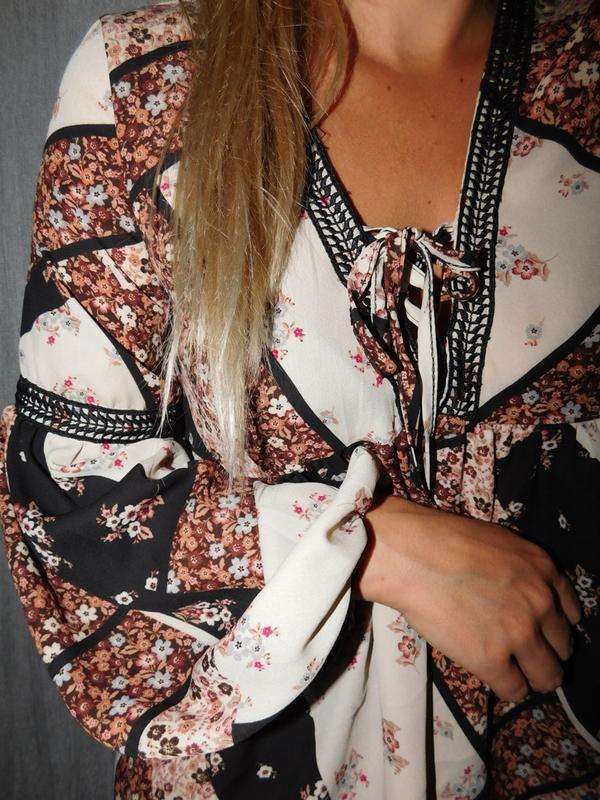 Блузка/блуза цветочный принт с объемными рукавами и шнуровкой ...
